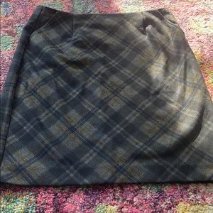 Tartan patterned skirt
